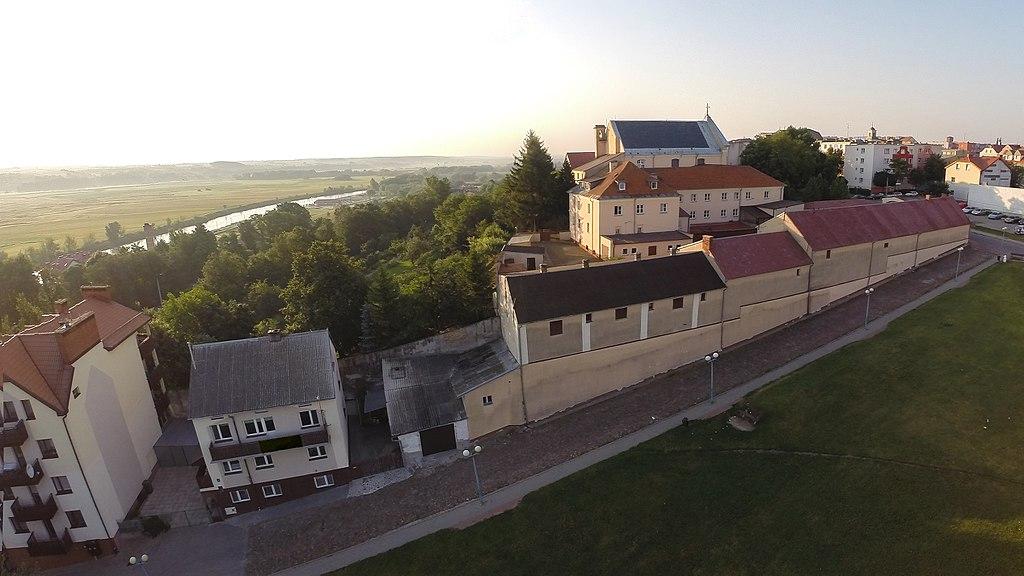 Klasztor Braci Mniejszych Kapucynów w Łomży – burzliwe losy