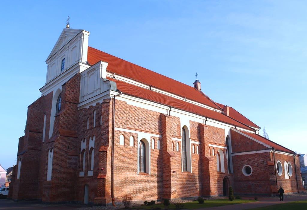 Katedra Św. Michała Archanioła w Łomży – niepowtarzalna katedra z kilkusetletnią historią
